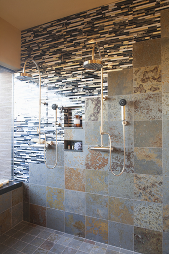 Make room for two by supersizing your shower for Calepinage carrelage sol
